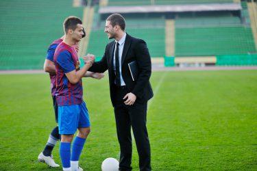スポーツマーケティングの実態|発展の経緯とポイント
