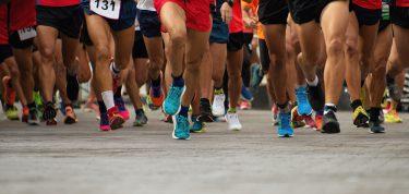 マラソンにおけるSNSの活用|変わりゆくマラソンの形とは?