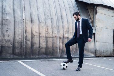 サッカーメーカーに就職するには?求められるのはどんな人材?選考基準は