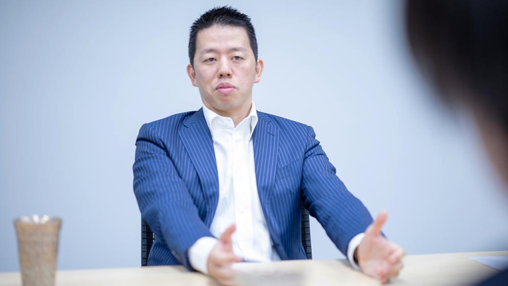 V. Fahren Nagasaki Akito Takata Japanet Holdings