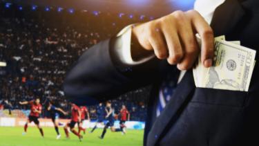右肩上がりのサッカーの市場規模|国内リーグと海外リーグの比較と今後の予測