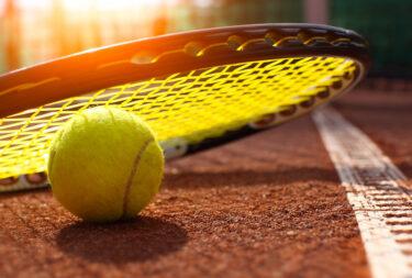 テニスの競技人口について解説!浮き彫りになった課題とは?